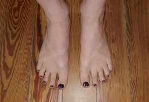 3 ways to avoid tan lines on your feet