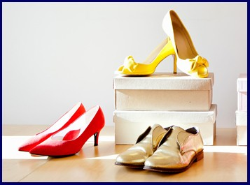 pop up shoe shop three pairs
