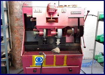 Pink sanding buffing machine